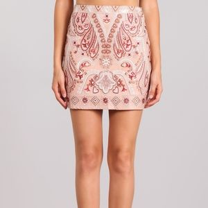 Dresses & Skirts - NWT Embroidered Skirt